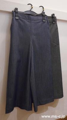 price.¥4,900-+税(7,9,11号)ブルー、ブラック